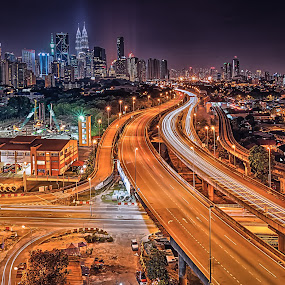 Towards The Twin Towers by Ircham Sujadmiko - City,  Street & Park  Night ( klcc, twin towers, cityscape, kuala lumpur, nightscape )