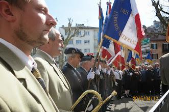 """Photo: Début de la commémoration. Après les sonneries """"Garde à vous """"et """"Aux Drapeaux"""" par la fanfare L'ECHO DU PARMELAN."""