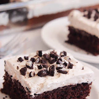 Skinny Cookies 'n Cream Chocolate Cake.