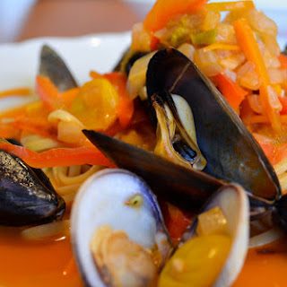 San Diego Mussel and Clam Linguine