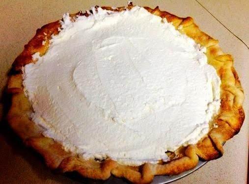 Yummy Egg Nog Holiday Pie