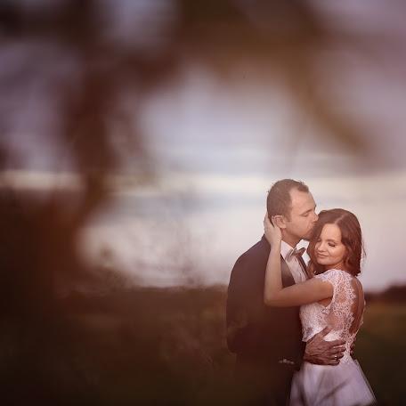 Wedding photographer Dariusz Roszak (DariuszRoszak). Photo of 25.09.2016