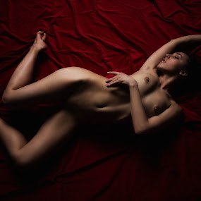Red Floor by Carl0s Dennis - Nudes & Boudoir Artistic Nude ( red, studio, zurich, sexy, switzerland, erotic, nude, floor, female )