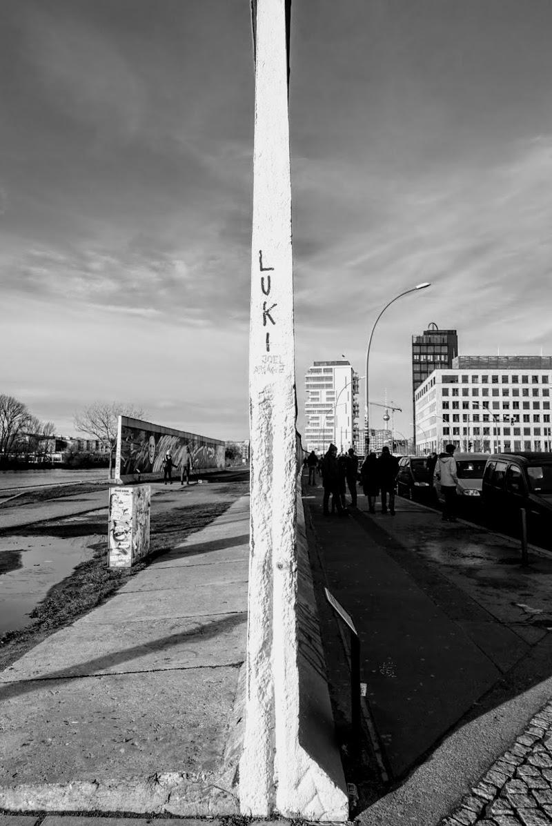 Contrasto tra Est e Ovest - Berlino di luanamarcon95