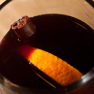 Mulled Spiked Wine from Lolinda.