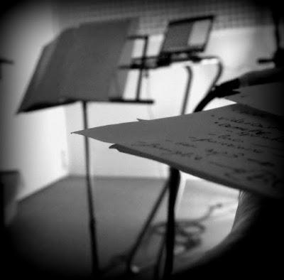Silence is the better music u can listen di Marta231091