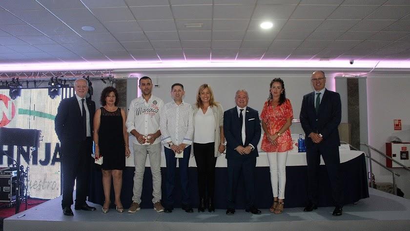 Autoridades en las Jornadas de Cooperativismo de Coprohnijar.
