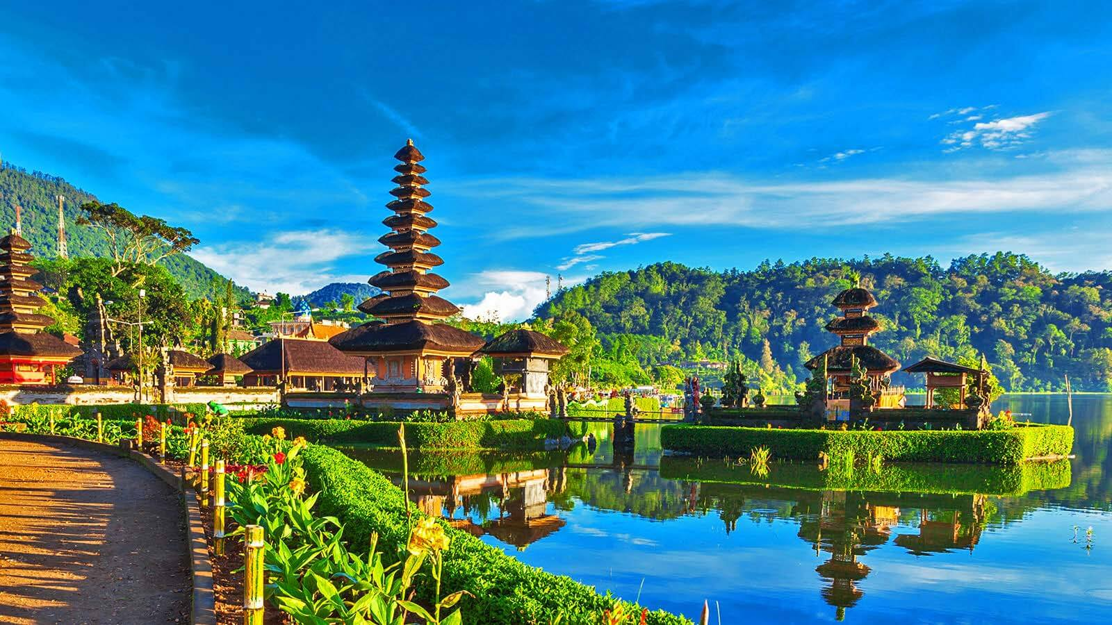 Bali Indonesia is Best honeymoon places in the world