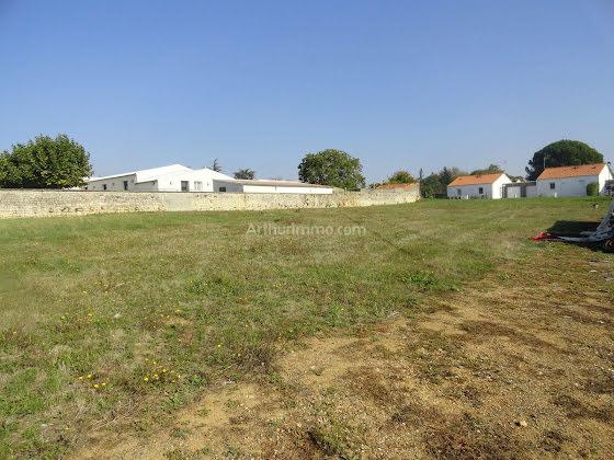 Vente terrain 2825 m2