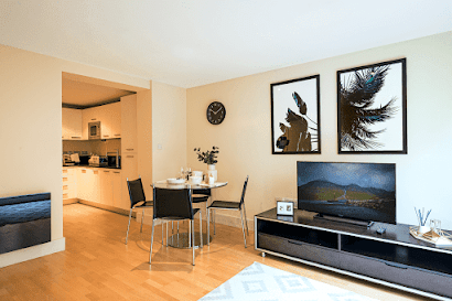 Blackfriars Apartments by MySqua.re