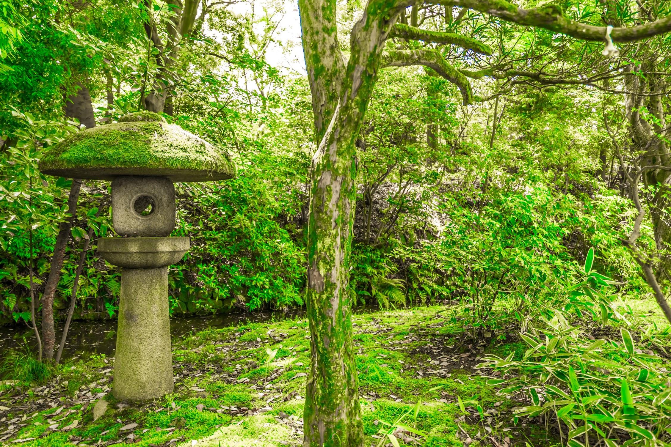 金沢 尾山神社 灯籠2