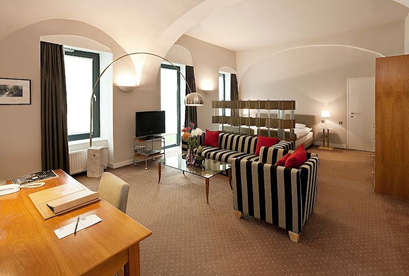 Photo: Hotel Das Triest - Wien (Heidi Klum) http://bit.ly/MX9zYl