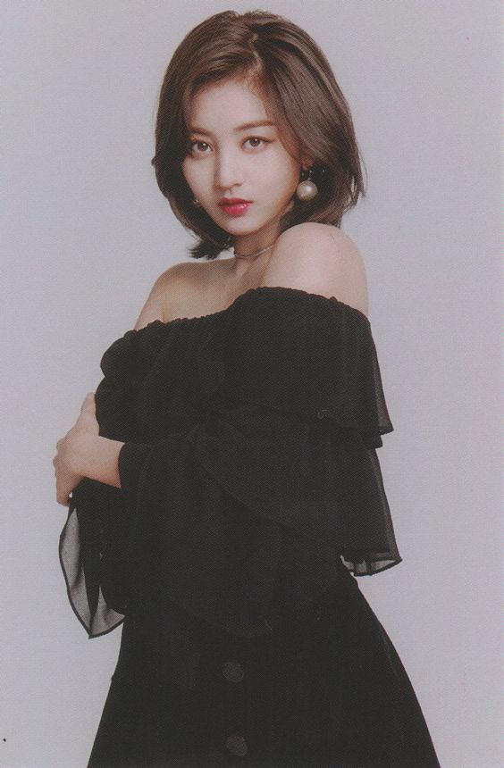 jihyo black 30