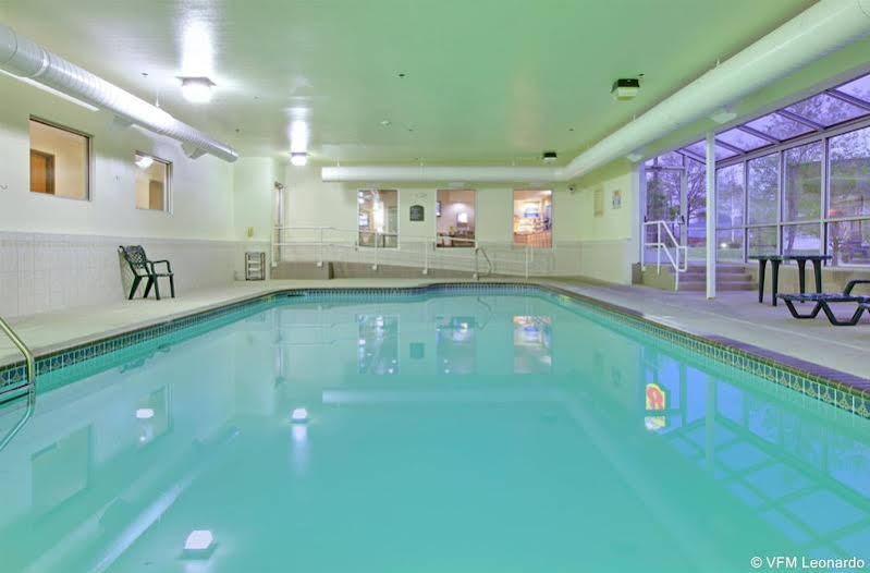 Holiday Inn Express and Suites El Dorado