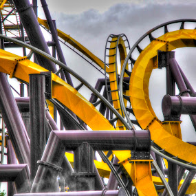 The Vampire by Nick Beaudoin - City,  Street & Park  Amusement Parks ( hdr, fumé, yellow, jaune, smoke )