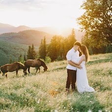 Wedding photographer Dmitriy Kapitonenko (Kapitonenko). Photo of 22.08.2017