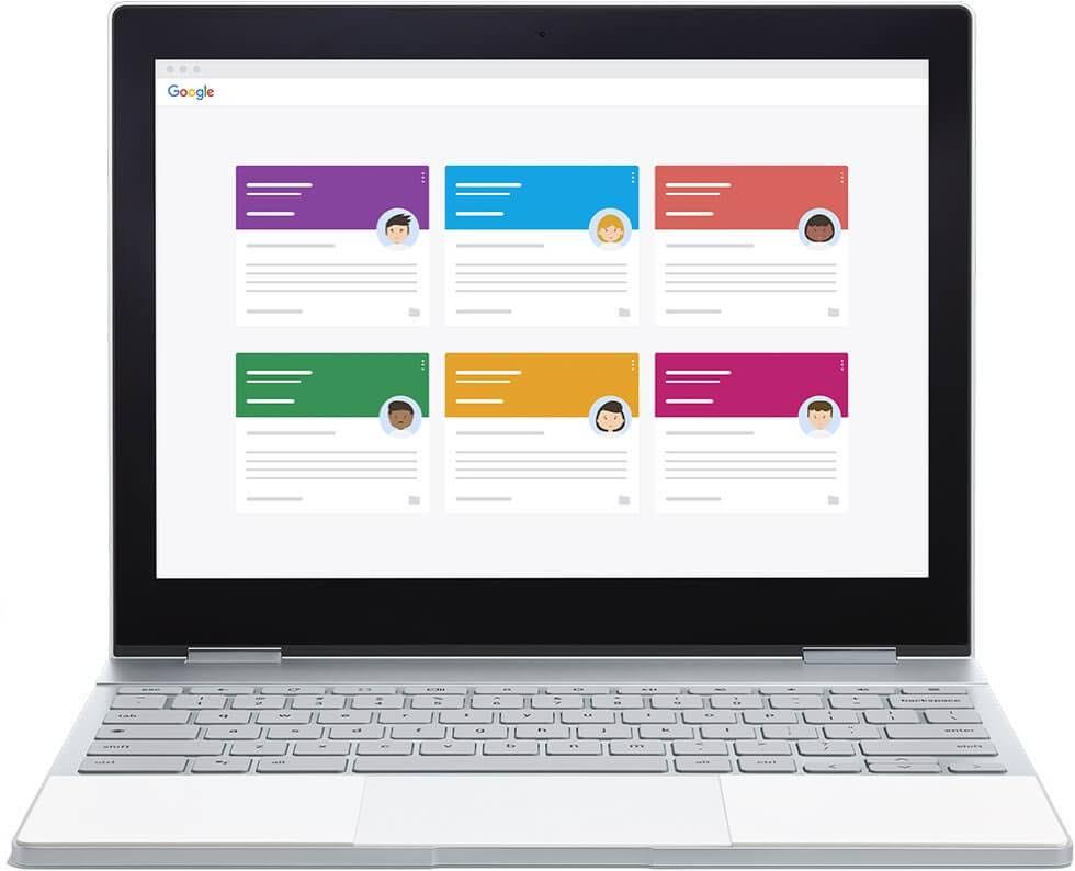 Una Chromebook muestra la interfaz de Classroom, donde se ven varias clases.