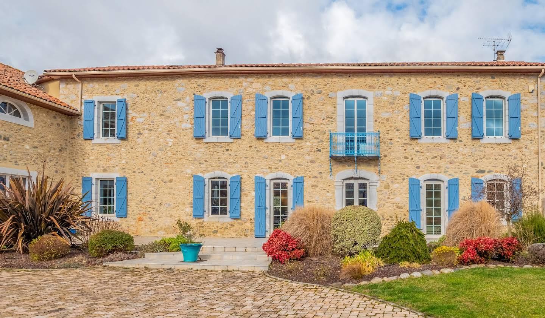 Maison avec piscine et terrasse Ausson
