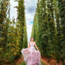 Wedding photographer Olga Nikolaeva (avrelkina). Photo of 19.09.2017