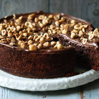 Chocolate and hazelnut cake (Torta gianduia).