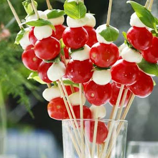Caprese Skewers With Tomato and Mozzarella