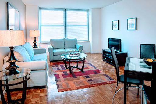 Grove Pointe Apartments