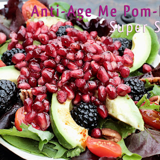 Anti-Age Me Pom-Berry Super Salad