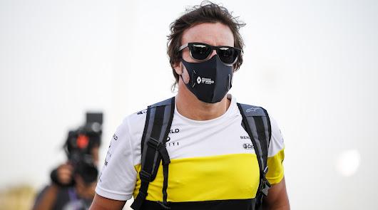 """Fernando Alonso está """"consciente y bien"""" tras ser atropellado en la bicicleta"""