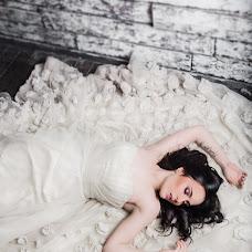 Wedding photographer Alina Fomicheva (Lollipop). Photo of 10.01.2016