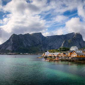 Sakrisoy by Ruben Parra - Landscapes Waterscapes ( mountains, scandinavia, ocean, arctic, norway, sakrisoy, village, lofoten )