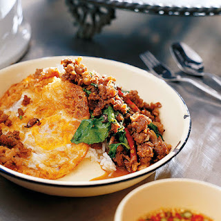 Stir-fried minced beef with chillies and holy basil (Neua pat bai grapao).