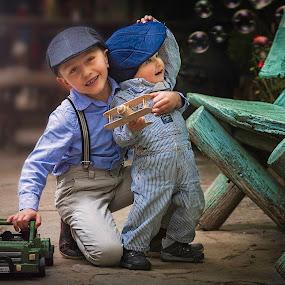 Little Fun Moments  by Andrius La Rotta Esquivel - Babies & Children Children Candids ( amazing, child portrait, fotógrafo, childhood, bogotá, photographer, children candids, fotografía, colombia, fotografia,  )