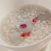 Tang Yuan in Wine Soup