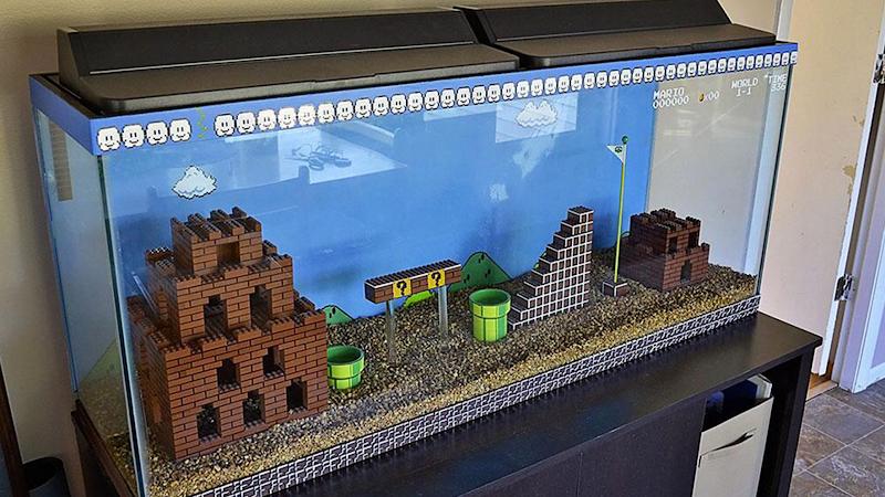 Akwarium z planszą Mario z klocków LEGO