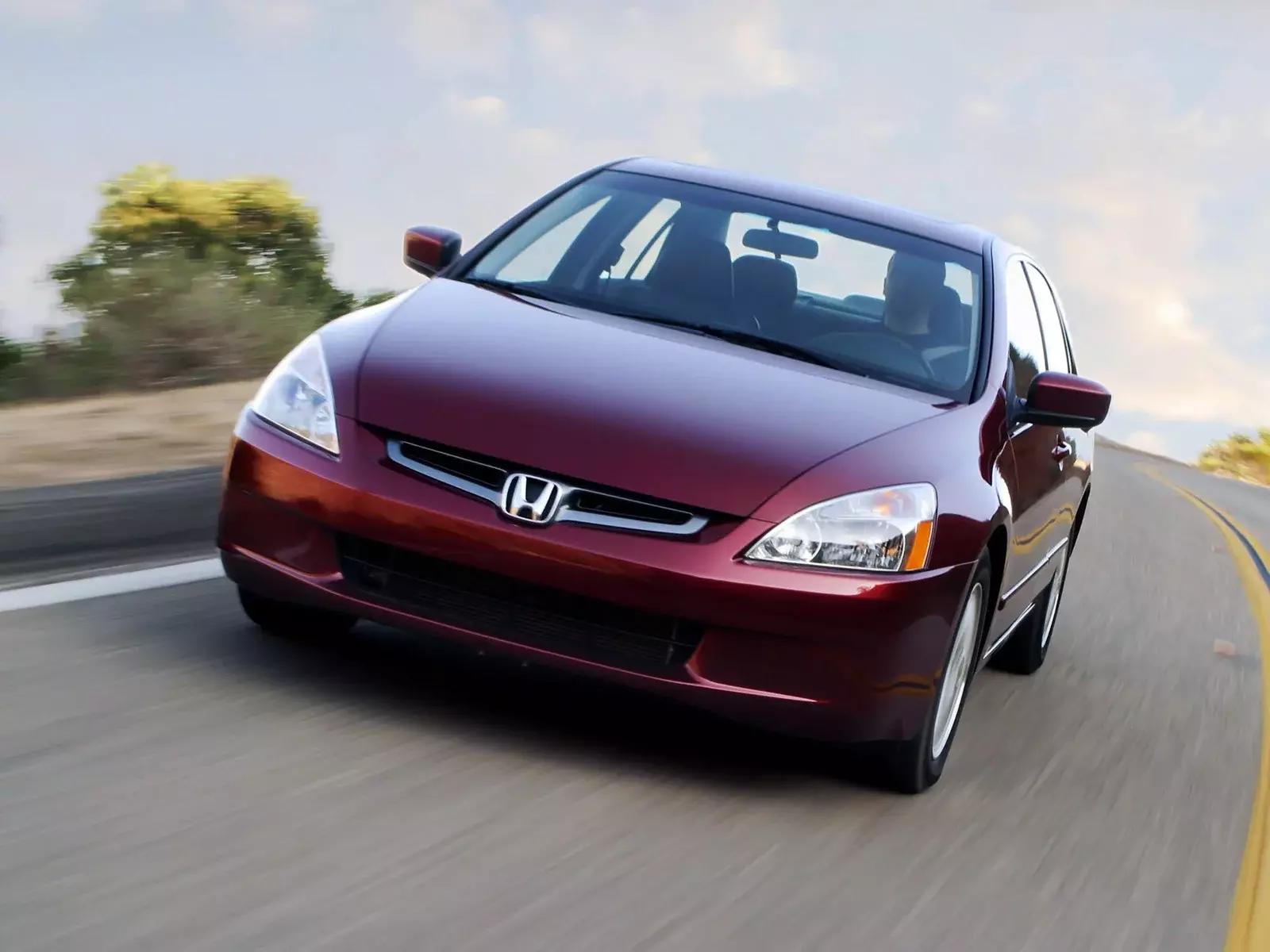 mașini din ultimii 10 ani Honda Accord
