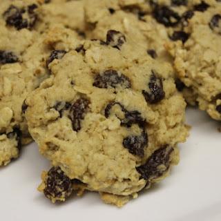 Old Fashioned Oatmeal Raisin Cookies