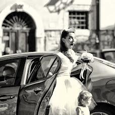 Wedding photographer Fabrizio Durinzi (fotostudioeidos). Photo of 20.10.2017