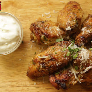 Baked Keto Chicken Wings.