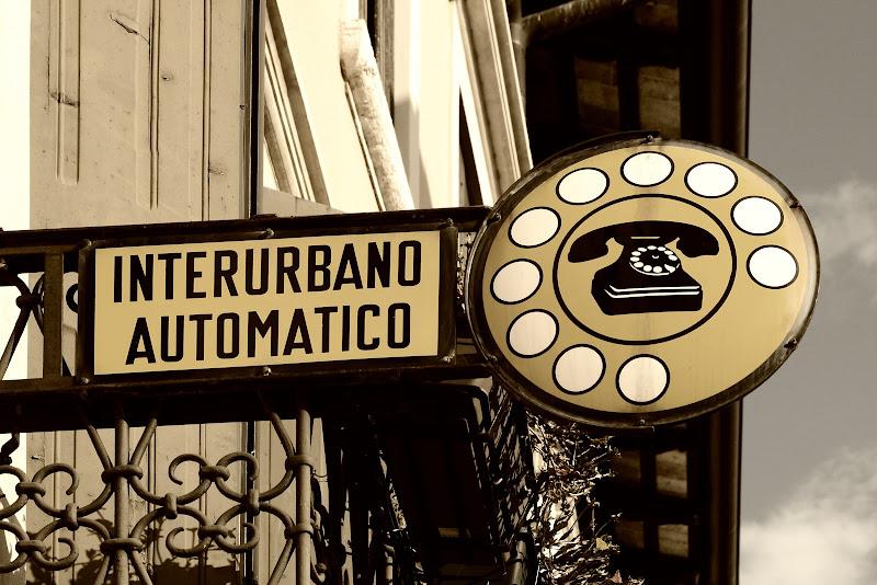 Telefono pubblico di GVatterioni