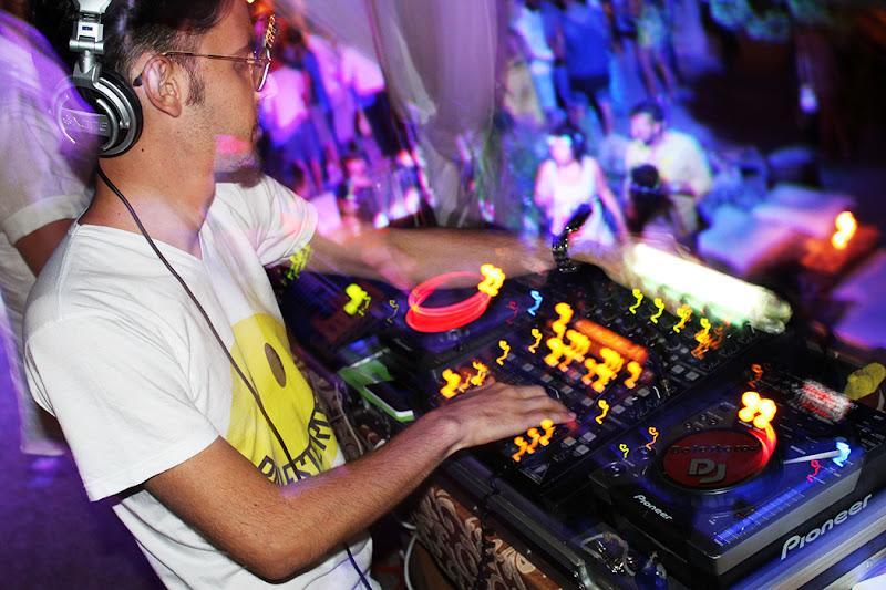Balesteros DJ di emanuelapagano_
