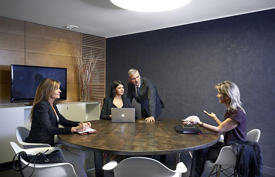 Organiza reuniones para equipos de trabajo