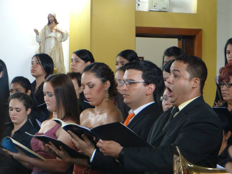 Los solistas, Niobys Delgado (soprano), Jesús Herrera (tenor), Marilyn Viloria (mezzo) y Deivi Gutiérrez (barítono)