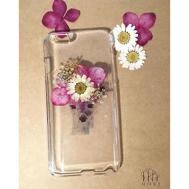 iPhone 6/6S 其他型號手機殻,歡迎查詢  Flower fashion.6 可愛小鹿加上押花 帶出清新獨特的味道 絕對是獨一無二 $120  詳情歡迎查詢whatsapp:65421768  #beauty #mori #手飾 #送 #禮 #girl #個性的  #個性 #diy #頸鏈 #tailormade #hkig #hkshop #hkgirl #hkgirlshop #case #iphone #flower #fashionable #fashion #禮物 #聖誕禮物 #手機殼 #手機配件#phonecases #phonecase #iphonecase #iphone6cases #滴膠 #AB膠