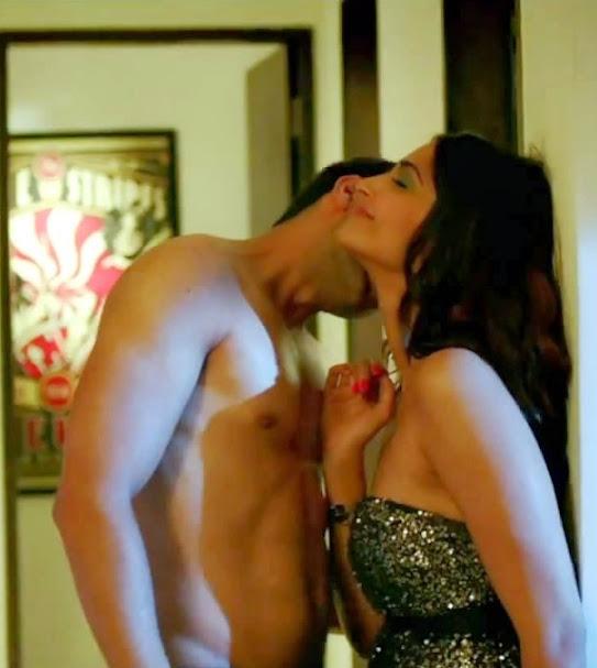 Sonam Kapoor hot scene