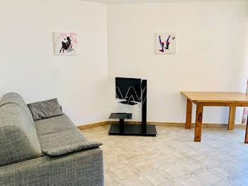 Studio 27,89 m2