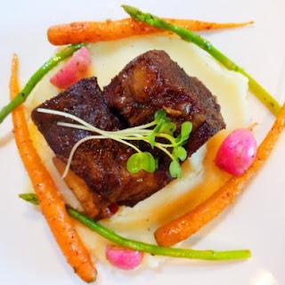 Sichuan Style Braised Radish Carrot Pork