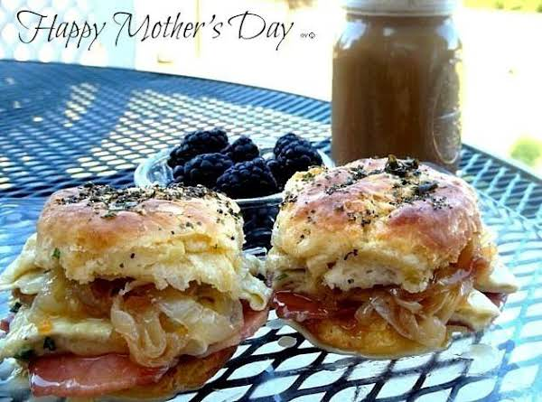 Happy Mother's Day, Brunch Is On Me!