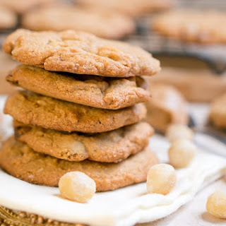 Paleo White Chocolate Macadamia Nut Cookies Recipe