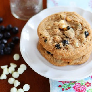 Cinnamon Blueberry Biscoff Breakfast Cookies