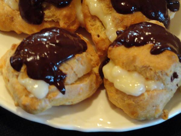 Homemade Chocolate Eclairs Recipe